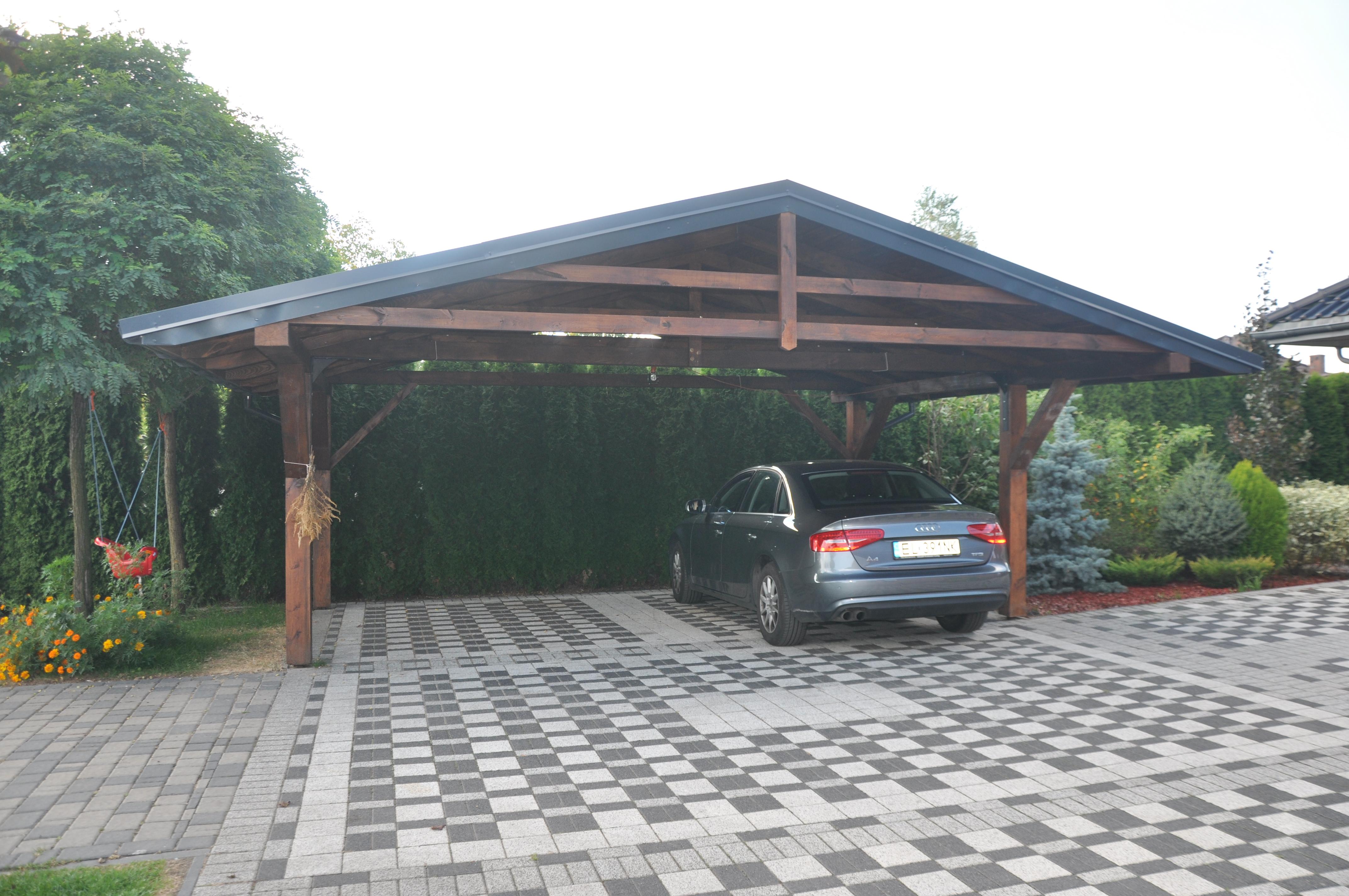 drewniana wiata garażowa dwustanowiskowa