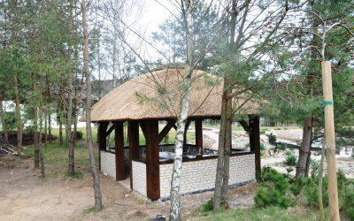 altana kryta trzciną -strzecha