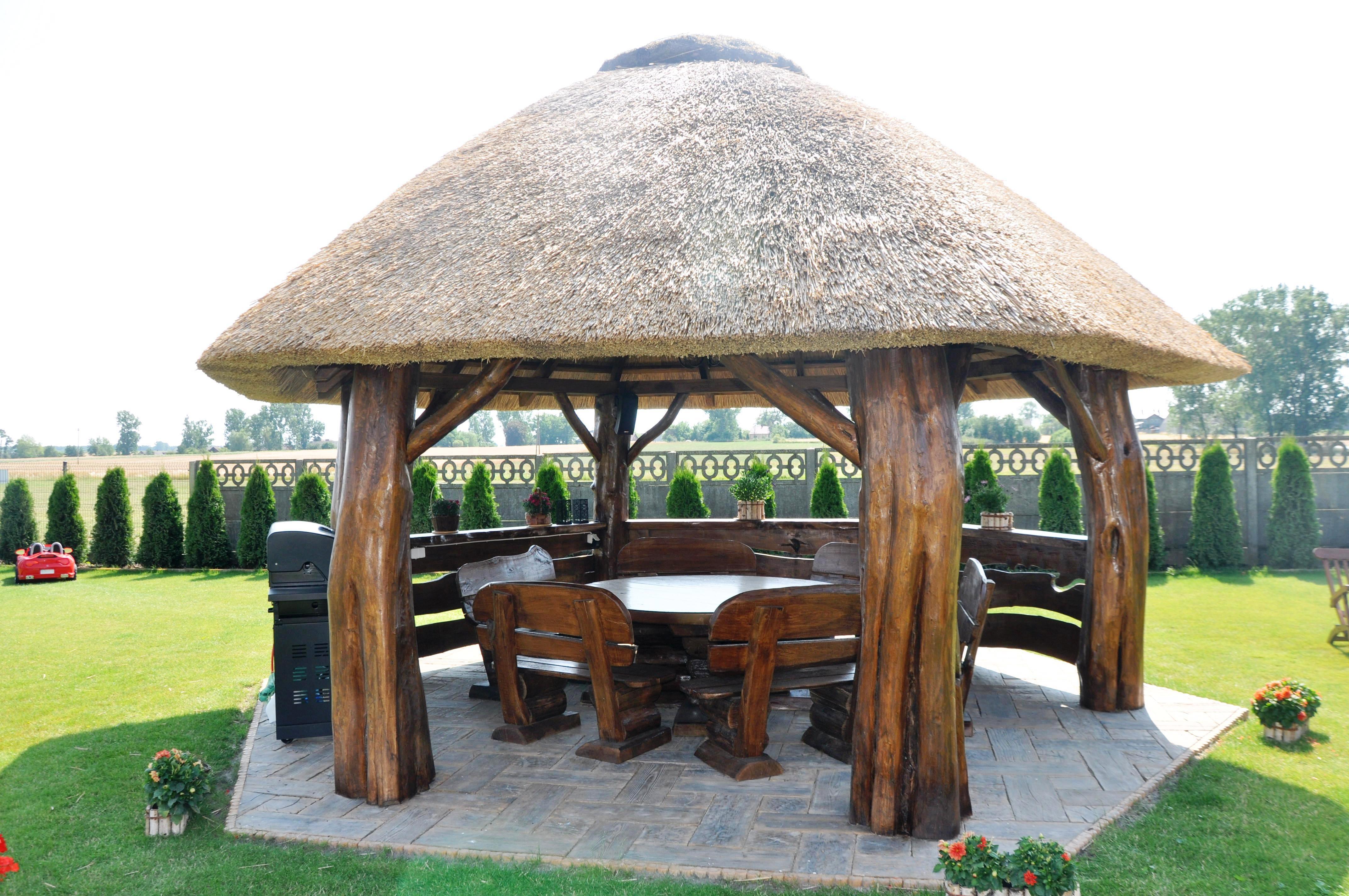 altana kryta trzcina - akacja