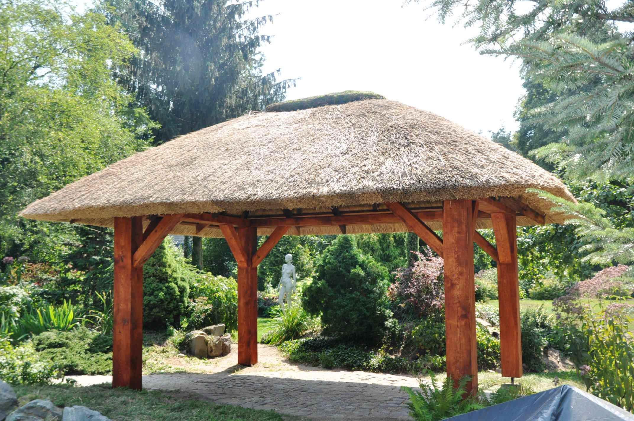 altana kryta trzciną - strzecha