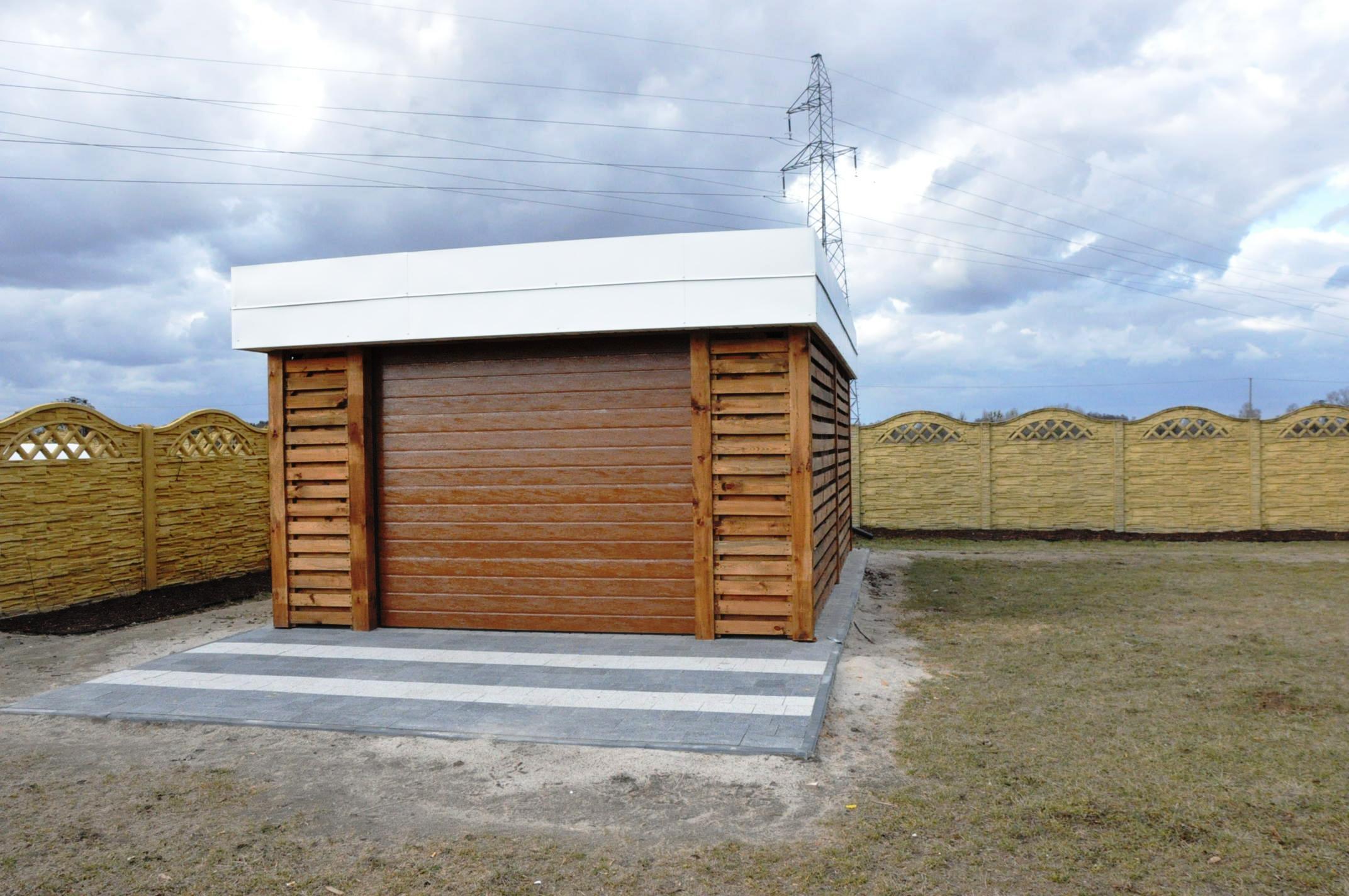 garaż drewniany , nowoczesny garaż drewniany