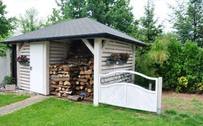 drewutnia , drewniany budynek gospodarczy